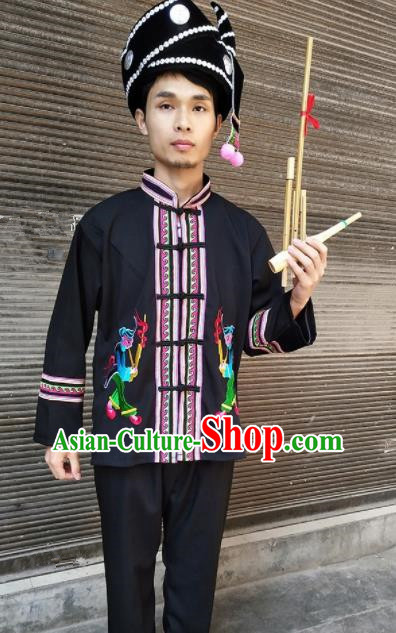 Chinese Traditional Miao Nationality Male Costume Hmong Embroidered Clothing for Men