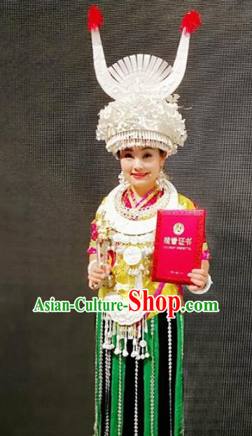 Chinese Traditional Miao Nationality Dance Dress Embroidered Wedding Costumes and Headpiece for Women