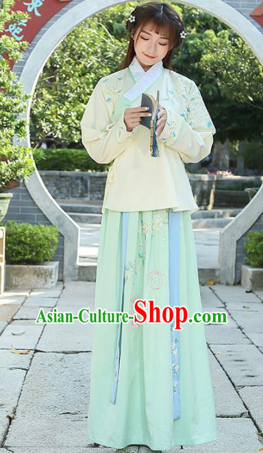 Chinese Traditional Ming Dynasty Young Lady Costume Ancient Hanfu Dress for Rich Women