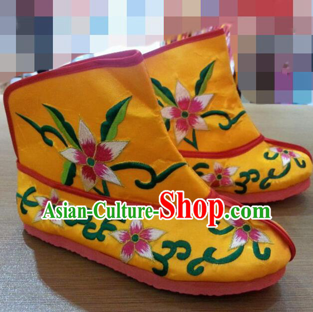 Traditional Chinese Beijing Opera Shoes Embroidered Yellow Boots for Men