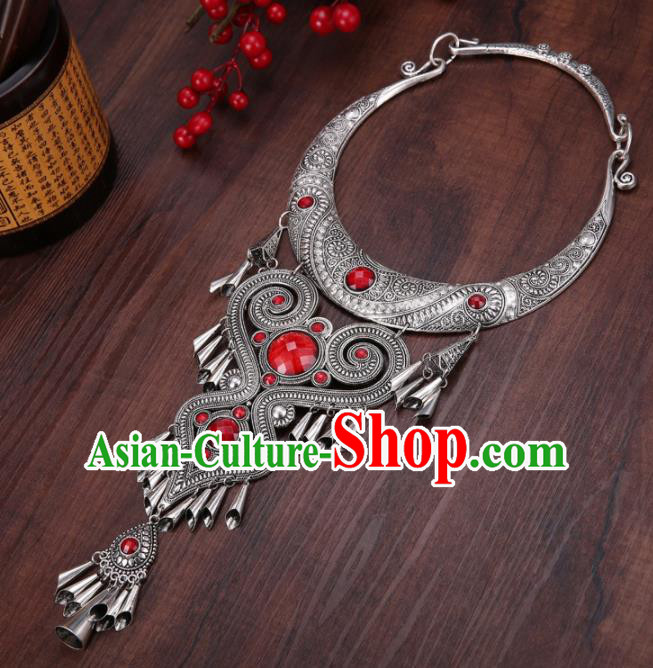 Chinese Traditional Jewelry Accessories Miao Minority Wedding Carving Red Necklace for Women