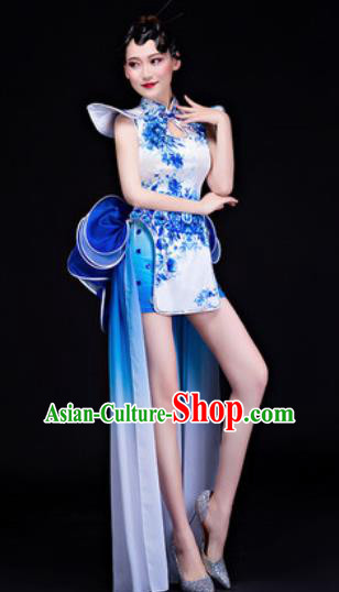 Chinese Traditional Folk Dance Yangko Costumes Drum Dance White Dress for Women