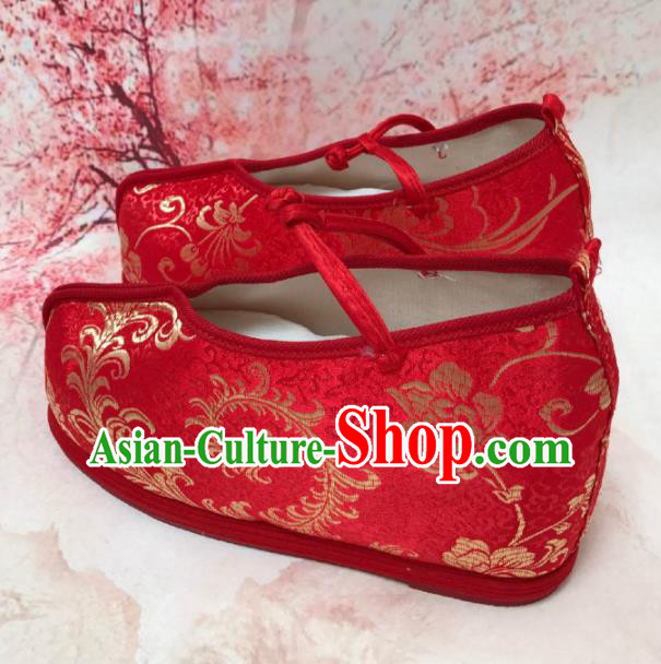 Traditional Chinese Shoes Wedding Shoes Ancient Princess Shoes Blood Stained Shoes Red Embroidered Shoes for Women