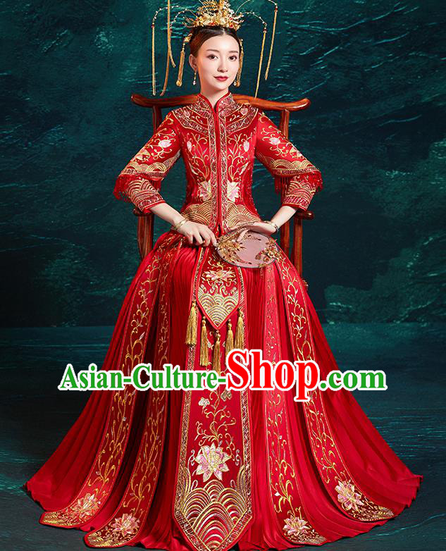 Chinese Traditional Wedding Costumes Embroidered Lotus Red Xiuhe Suits Ancient Bride Toast Full Dress for Women