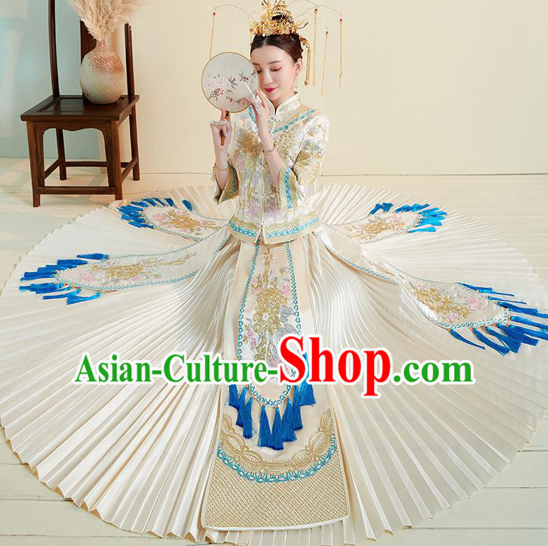 Chinese Traditional Embroidered Peony White Xiuhe Suits Ancient Bride Toast Wedding Costumes for Women