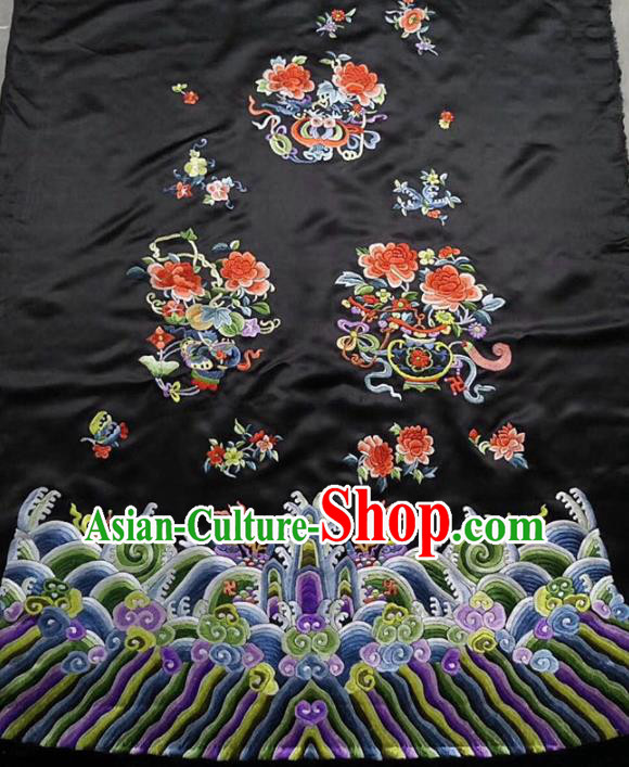 Chinese Traditional Handmade Embroidery Craft Embroidered Butterfly Peony Cloth Patches Embroidering Black Silk Piece
