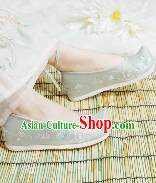 Chinese National Light Green Embroidered Shoes Ancient Traditional Princess Shoes Hanfu Shoes for Women
