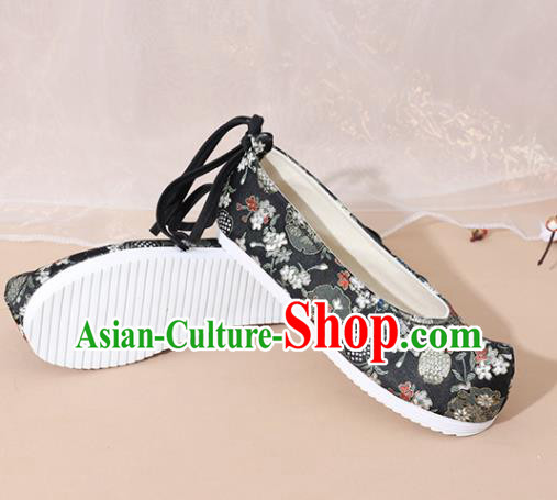 Chinese National Wedding Hanfu Shoes Traditional Princess Black Satin Shoes Embroidered Shoes for Women