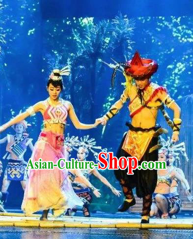 Chinese The Romantic Show of Sanya Stage Performance Dance Ethnic Costumes and Headpiece for Women for Men