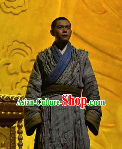 Chinese Dharma Legends in Famen Temple Ancient Tang Dynasty Monk Stage Performance Grey Costume for Men