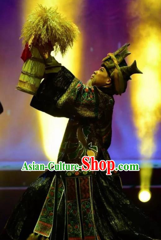 Chinese Jin Show Dan Zhai Miao Nationality Chief Dance Clothing Stage Performance Costume for Men