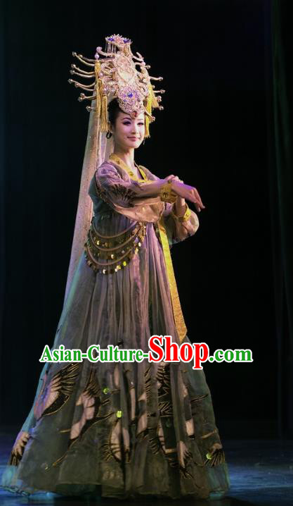 Chinese Oriental Apparel Classical Dance Green Dress Stage Performance Ethnic Costume and Headpiece for Women