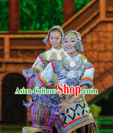 Chinese Charm Xiangxi Tujia Nationality Folk Dance Brown Dress Stage Performance Costume and Headpiece for Women