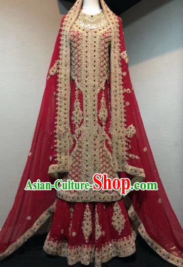 Asian  Indian Court Queen Wedding Embroidered Red Dress Traditional   India Hui Nationality Bride Costumes for Women