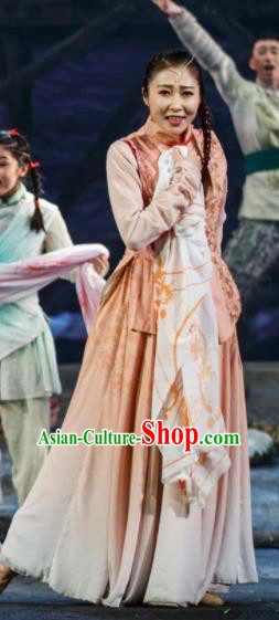 Flowers and Trumpeter Traditional Chinese Hui Nationality Dress Stage Show Costume and Headwear for Women