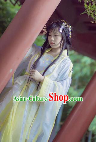 Chinese Cosplay Goddess Princess Light Yellow Dress Ancient Female Swordsman Knight Costume for Women