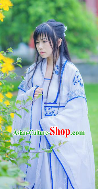 Chinese Cosplay Royal Princess Dress Ancient Female Swordsman Knight Costume for Women