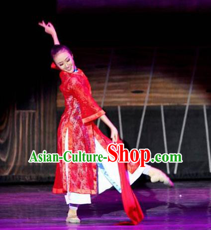 Chinese Female Embroider Folk Dance Fan Dance Red Dress Stage Performance Costume and Headpiece for Women