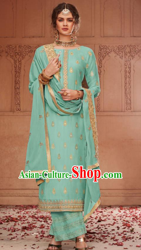 Asian Indian Punjabis Bride Light Green Blouse and Pants India Traditional Lehenga Choli Costumes Complete Set for Women