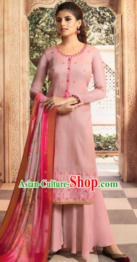 Asian Indian Punjabis Bride Embroidered Pink Satin Blouse and Pants India Traditional Lehenga Choli Costumes Complete Set for Women