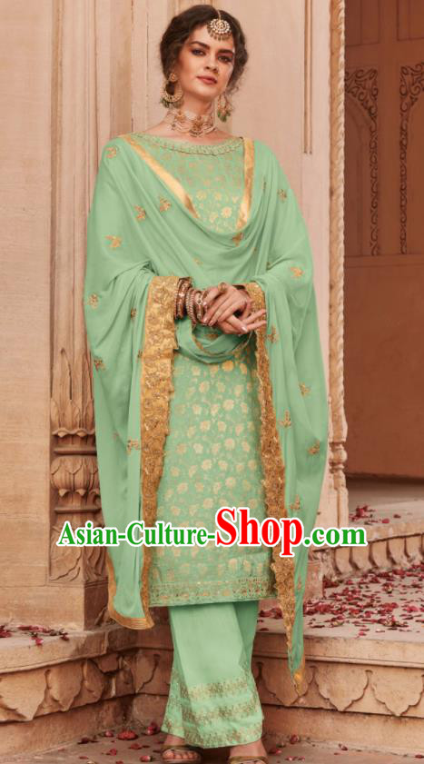 Asian Indian Punjabis Bride Green Blouse and Pants India Traditional Lehenga Choli Costumes Complete Set for Women