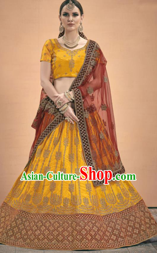 Asian Indian Bollywood Wedding Embroidered Golden Silk Dress India Traditional Bride Lehenga Costumes for Women