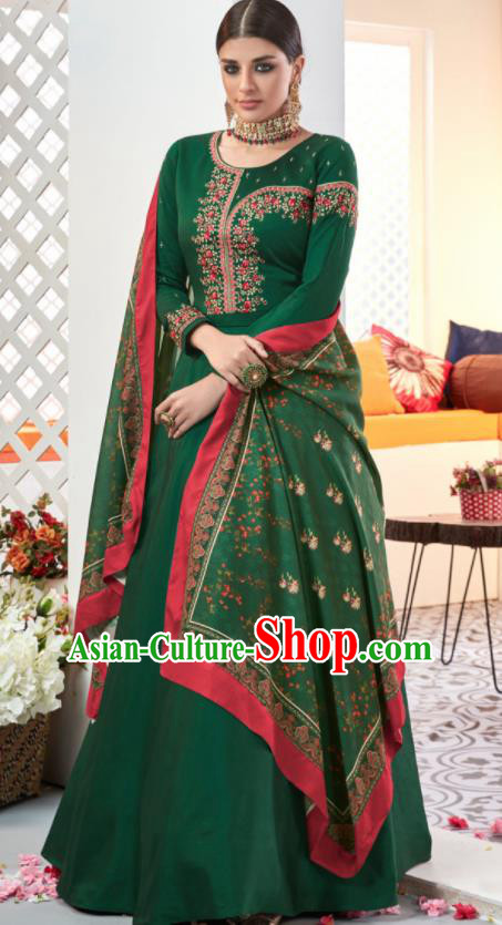 Asian Indian Festival Embroidered Deep Green Taffeta Dress India Bollywood Traditional Lehenga Court Costumes for Women