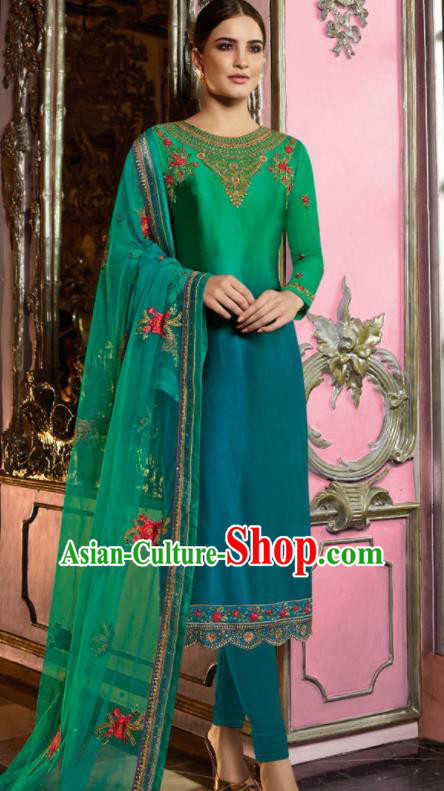 Asian Indian Punjabis Embroidered Green Satin Blouse and Pants India Traditional Lehenga Choli Costumes Complete Set for Women
