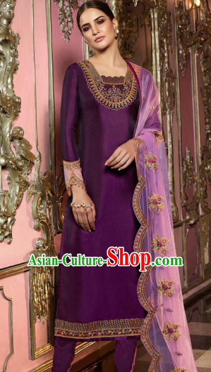 Asian Indian Punjabis Embroidered Purple Satin Blouse and Pants India Traditional Lehenga Choli Costumes Complete Set for Women