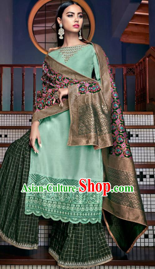 Asian Indian Punjabis Embroidered Green Tussar Silk Blouse and Pants India Traditional Lehenga Choli Costumes Complete Set for Women