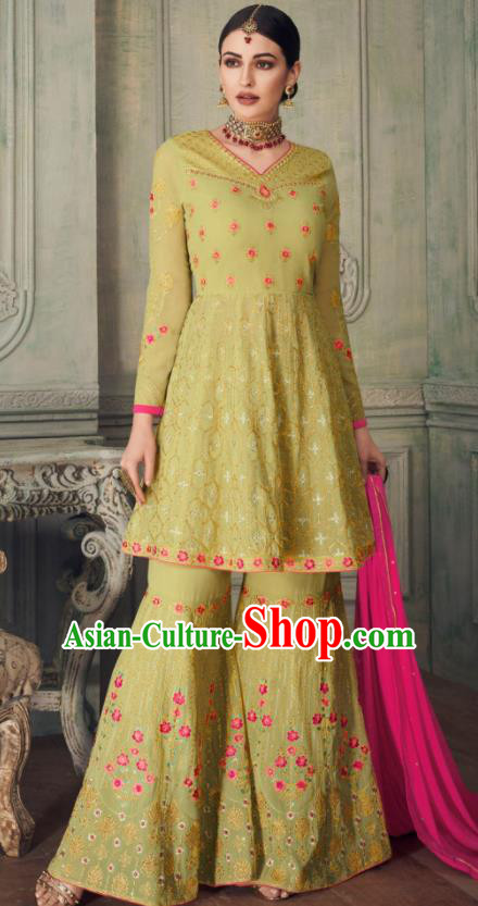 Asian Indian Punjabis Light Green Blouse and Pants India Traditional Lehenga Choli Costumes Complete Set for Women