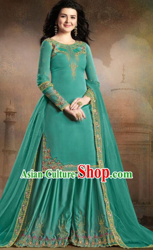 Asian Indian Traditional Embroidered Green Satin Blouse and Loose Pants India Punjabis Lehenga Choli Costumes Complete Set for Women