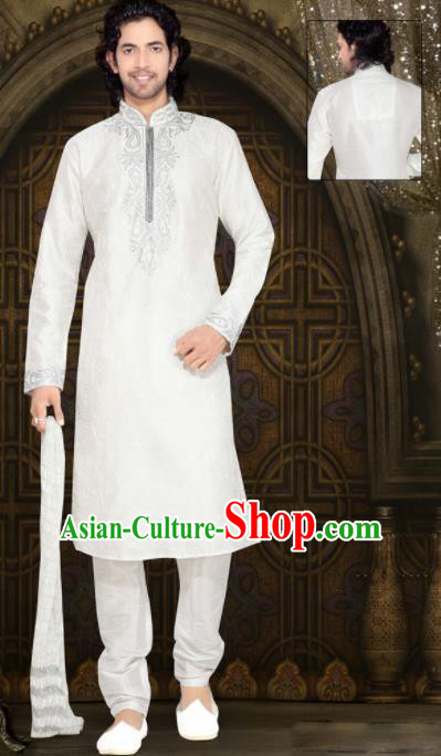 Asian Indian Sherwani Wedding Embroidered White Clothing India Traditional Bridegroom Costumes Complete Set for Men