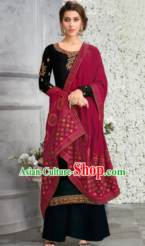 Traditional Indian Lehenga Embroidered Black Blouse and Pants Asian India Punjab National Costumes for Women