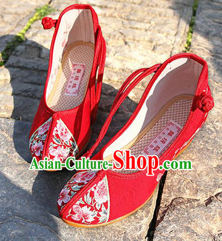 Chinese National Red Embroidered Shoes Traditional Hanfu Shoes Opera Shoes Wedding Bride Shoes for Women