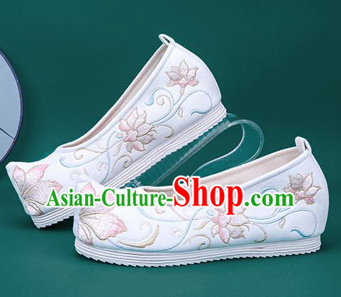 Chinese National Winter Brushed White Embroidered Shoes Traditional Hanfu Shoes Princess Shoes Opera Shoes for Women