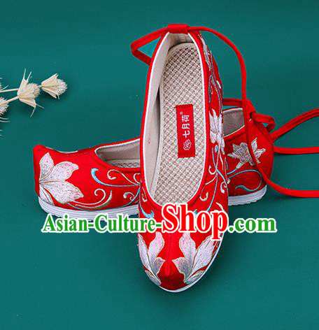 Chinese National Winter Brushed Red Embroidered Shoes Traditional Hanfu Shoes Princess Shoes Opera Shoes for Women
