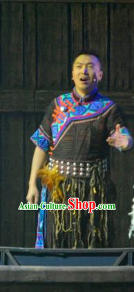 Hometown of Dragon Boat Tune Chinese Tujia Nationality Black Clothing Stage Performance Dance Costume and Headpiece for Men