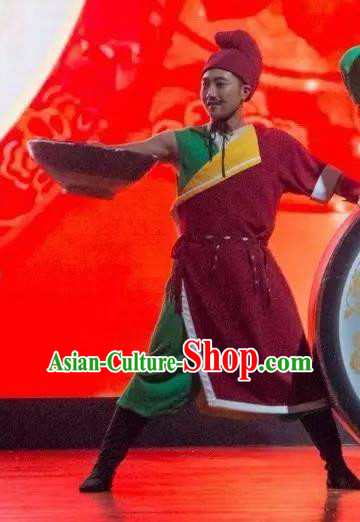 Ganzhou Musical Dance Chinese Ethnic Dance Clothing Stage Performance Dance Costume and Headpiece for Men