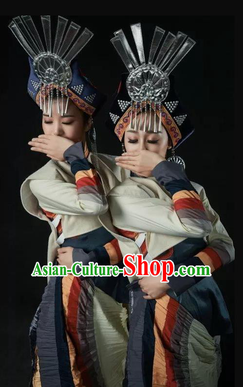 Da Liang Mountains Echo Chinese Yi Nationality Folk Dance Dress Stage Performance Costume and Headpiece for Women