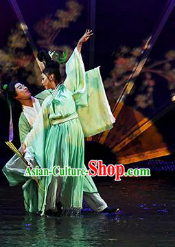 Return To the Three Gorges Chinese Classical Dance Green Dress Stage Performance Costume and Headpiece for Women