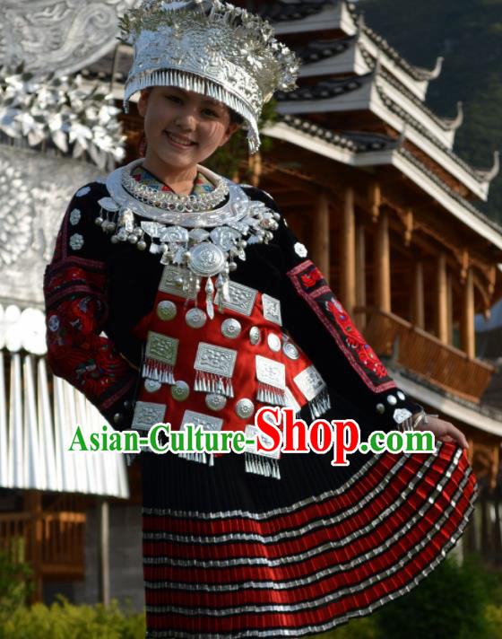 Chinese Traditional Miao Nationality Folk Dance Costume Hmong Ethnic Pleated Skirt for Women