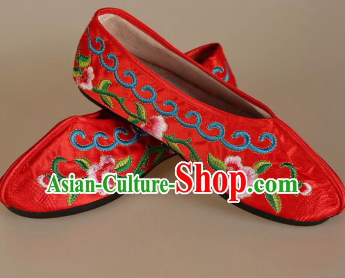 Asian Chinese Beijing Opera Shoes Embroidered Shoes Traditional Peking Opera Diva Red Satin Shoes