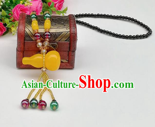 Chinese Traditional Ethnic Jewelry Accessories Beeswax Cucurbit Tassel Necklace for Women