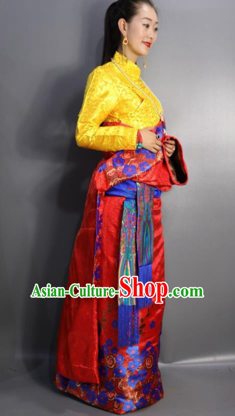 Chinese Traditional Tibetan National Ethnic Red Robe Zang Nationality Wedding Costume for Women