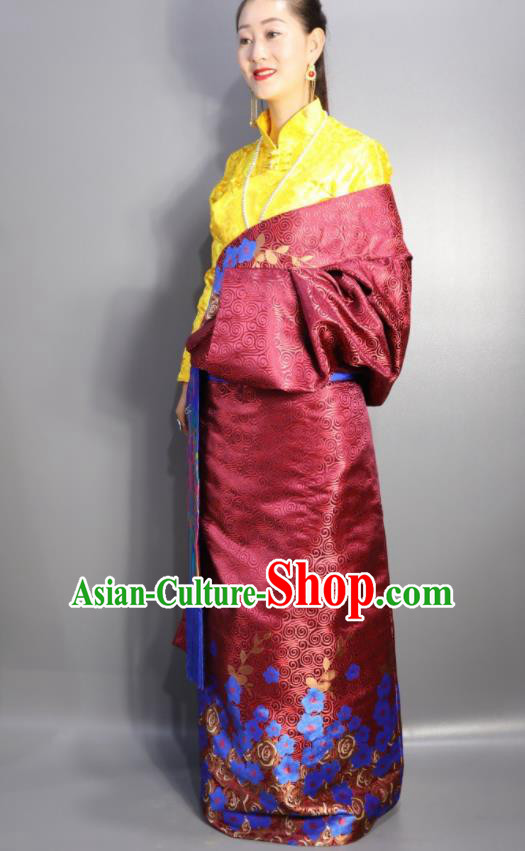 Chinese Traditional Tibetan National Ethnic Wine Red Robe Zang Nationality Wedding Costume for Women