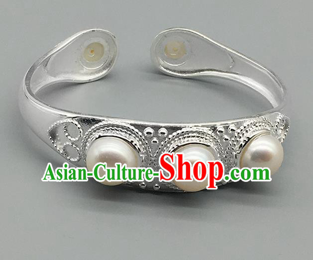 Chinese Traditional Ethnic Pearls Bracelet Handmade Mongolian Nationality Sliver Bangle for Women