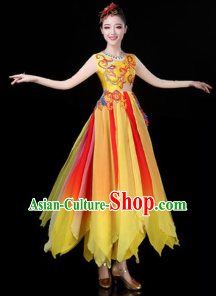 Traditional Chinese Classical Dance Yellow Dress Umbrella Dance Stage Performance Costume for Women