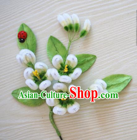 Chinese Handmade Palace White Plum Blossom Velvet Hairpins Ancient Queen Hair Accessories Headwear for Women
