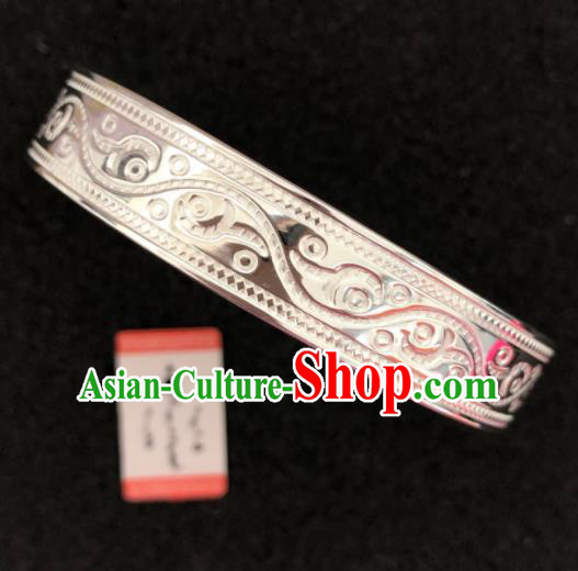 Traditional Chinese Mongol Nationality Sliver Carving Bracelet Mongolian Ethnic Bangle Accessories for Women